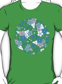 Blue pink kimono flowers pattern T-Shirt