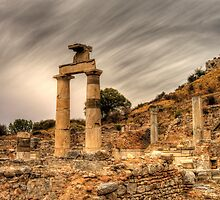 Ruins in ephesus, Turkey by NeilAlderney