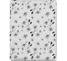 Vintage black and white floral pattern iPad Case/Skin