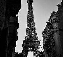 Eiffel Tower 2 by Jane Ruttkayova