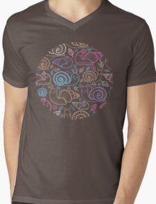 Cute little snails pattern Mens V-Neck T-Shirt