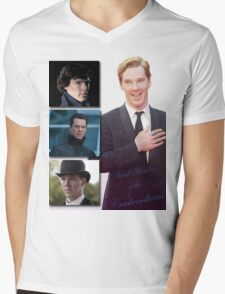Cumbercollective Mens V-Neck T-Shirt