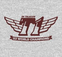 Grey SKT T1 World Champions Vintage Tee by LetsPlayMax