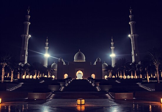 Zayed Grand Mosque Entrance by Omar Dakhane