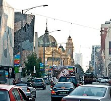 Flinders St. 4.00pm by Ray Garrod