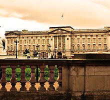 A View of Buckingham Palace by Jamie Candlin