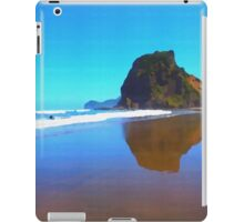 Iconic Lion Rock reflected on famous Piha Beach, Auckland iPad Case/Skin