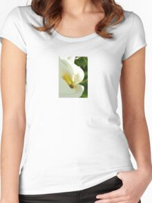 Beautiful Calla Flower On Green Natural Background  Women's Fitted Scoop T-Shirt