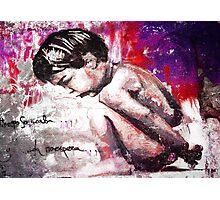 The Boy - (El tiempo se acaba y la vida no espera) Graffiti El niño de las pinturas Photographic Print