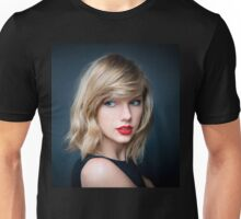 Beautiful Taylor Swift b Unisex T-Shirt