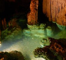 Luray Caverns - 2    ^ by ctheworld