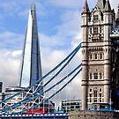 Puente levadizo and The Shard, nuevo hito de Londres. by cieloverde
