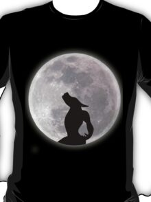 Werewolf Howling at the Moon T-Shirt
