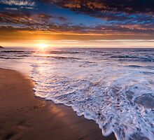 Santa Cruz sunset by Raj Golawar