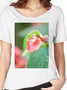 Lonely Flower Women's Relaxed Fit T-Shirt