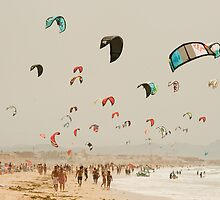 A sea of kites by Damien Milan