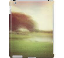 slow shutter pause iPad Case/Skin