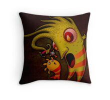 Boo Mommy. Throw Pillow