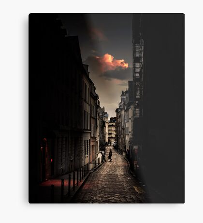 Red cloud in Paris (France) Metal Print