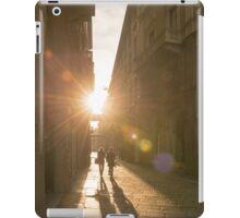Famous fashion shopping street iPad Case/Skin