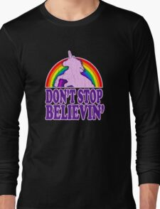 Don't Stop Believin' in Unicorns (Vintage Distressed) Long Sleeve T-Shirt