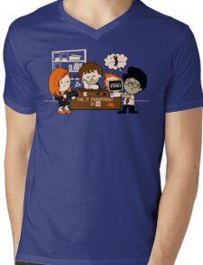 The IT Peanuts  Mens V-Neck T-Shirt