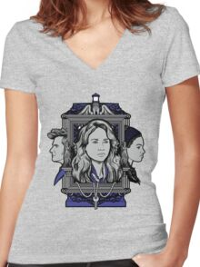 Weeping Sparrow Women's Fitted V-Neck T-Shirt