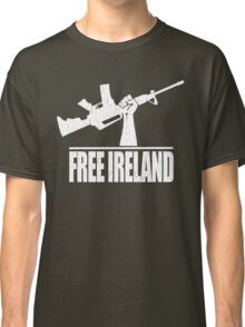 Free Ireland (Vintage Distressed Design) Classic T-Shirt