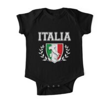 ITALIA - Classic Itlay Flag Crest (Vintage Distressed Design) One Piece - Short Sleeve