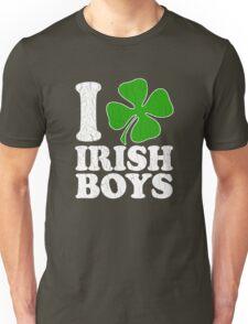 I Love Irish Boys! (Vintage Distressed Design) Unisex T-Shirt