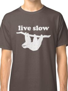 Cute Sloth - Live Slow (Vintage Distressed Design) Classic T-Shirt