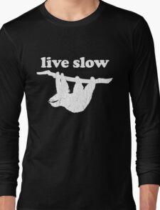 Cute Sloth - Live Slow (Vintage Distressed Design) Long Sleeve T-Shirt