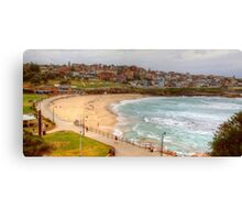 Bronte Beach on a quiet midweek summers day Canvas Print