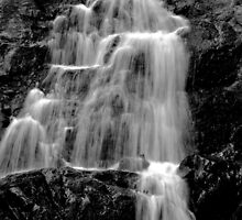 Daylesford Waterfall by DavidsArt