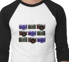 Fuji cameras play noughts and crosses Men's Baseball ¾ T-Shirt