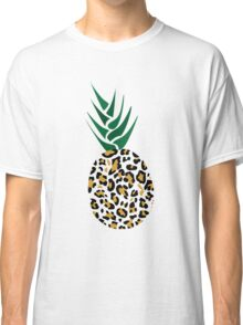 Leopard or Pineapple? Funny illusion Picture Classic T-Shirt