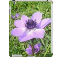 One Delicate Pale Lilac Anemone Coronaria Wild Flower iPad Case/Skin