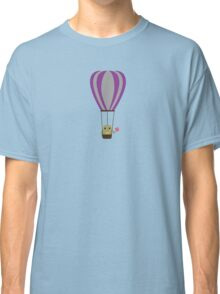 Owl in hot-air balloon with a lollipop Classic T-Shirt
