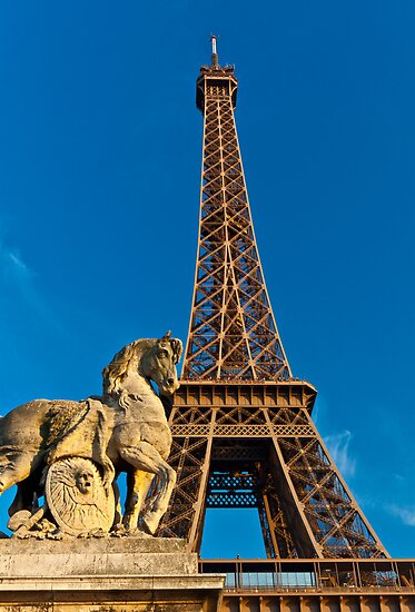 Tour Eiffel by Mathieu Longvert