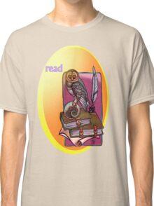 read. Classic T-Shirt