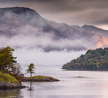 Mist over Loch Leven by kernuak