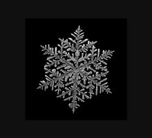 Majestic crystal, real snowflake macro photo Classic T-Shirt