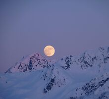 Moon Over Resurrection Bay by greydaisy
