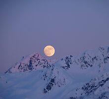 Moon Over Resurrection Bay by greydaisy