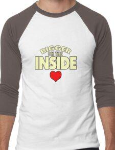 WHO has the Bigger Heart? Men's Baseball ¾ T-Shirt
