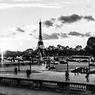 The sun goes down on Place de la Concorde in Paris by Olivier Sohn