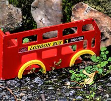 Don't Think This Bus Will Make London Do You.......... by lynn carter