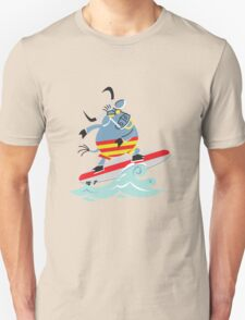 Cool Bull On Surfing!!! T-Shirt