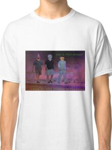 Steppin on the beach Classic T-Shirt