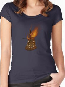 Dr Who Classic Dalek in Flames Women's Fitted Scoop T-Shirt